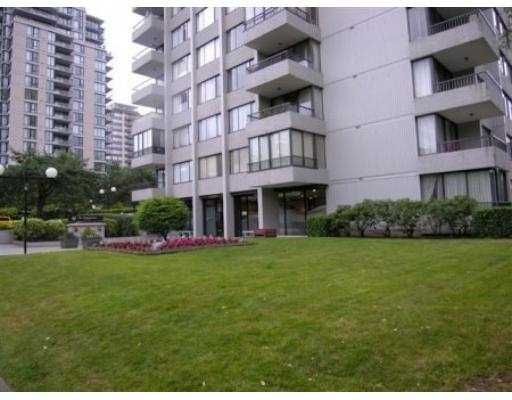 "Main Photo: 1205 740 HAMILTON ST in New Westminster: Uptown NW Condo for sale in ""STATESMAN"" : MLS®# V602314"
