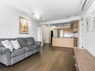 """Photo 6: 1316 7988 ACKROYD Road in Richmond: Brighouse Condo for sale in """"QUINTET"""" : MLS®# R2159738"""