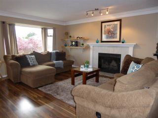 Photo 4: 11386 HARRISON Street in Maple Ridge: East Central House for sale : MLS®# R2068145