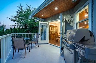 """Photo 14: 5800 167 Street in Surrey: Cloverdale BC House for sale in """"WESTSIDE TERRACE"""" (Cloverdale)  : MLS®# R2487432"""