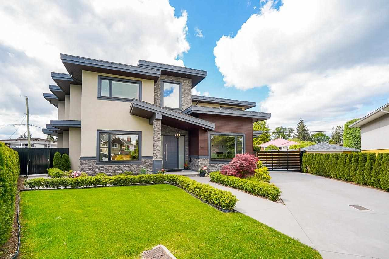 Main Photo: 7611 MAYFIELD Street in Burnaby: Highgate House for sale (Burnaby South)  : MLS®# R2580811