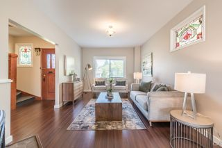 Photo 2: 1550 E 12TH Avenue in Vancouver: Grandview VE House for sale (Vancouver East)  : MLS®# R2179428