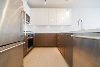 """Photo 10: 1512 271 FRANCIS Way in New Westminster: Fraserview NW Condo for sale in """"PARKSIDE"""" : MLS®# R2518928"""