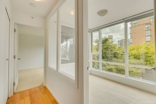 Photo 5: 301 2483 SPRUCE STREET in Vancouver: Fairview VW Condo for sale (Vancouver West)  : MLS®# R2568430