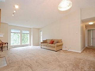 Photo 4: 402 606 Goldstream Ave in VICTORIA: La Fairway Condo for sale (Langford)  : MLS®# 762139