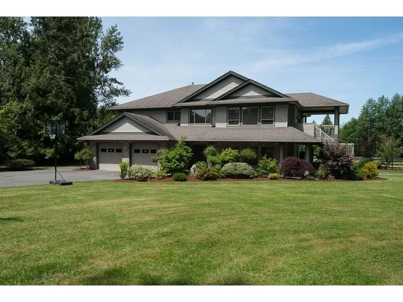 FEATURED LISTING: 21369 18 Avenue Langley