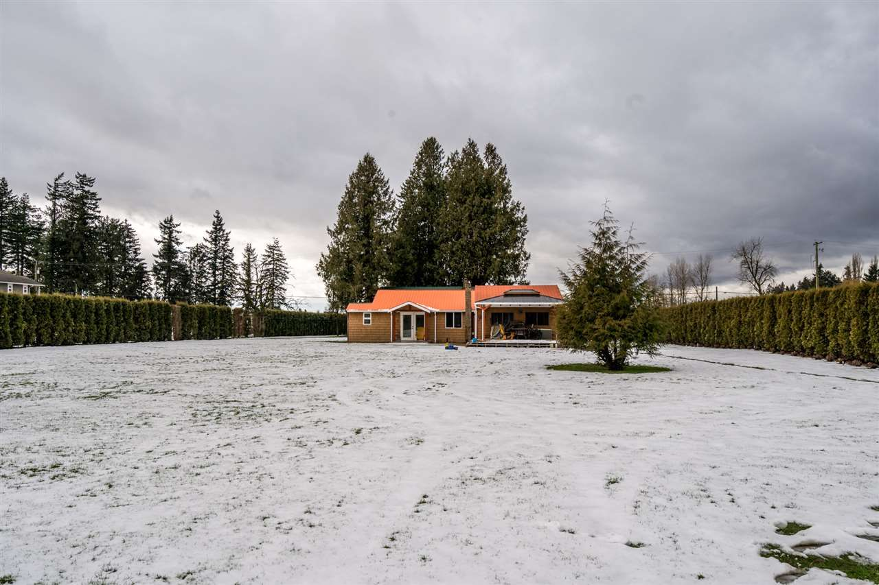 Photo 36: Photos: 1408 CLEARBROOK Road in Abbotsford: Poplar House for sale : MLS®# R2541003