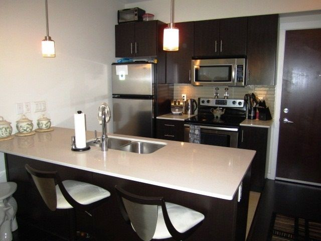 Photo 7: Photos: 307 7777 ROYAL OAK AVENUE in Burnaby: South Slope Condo for sale (Burnaby South)  : MLS®# R2062164