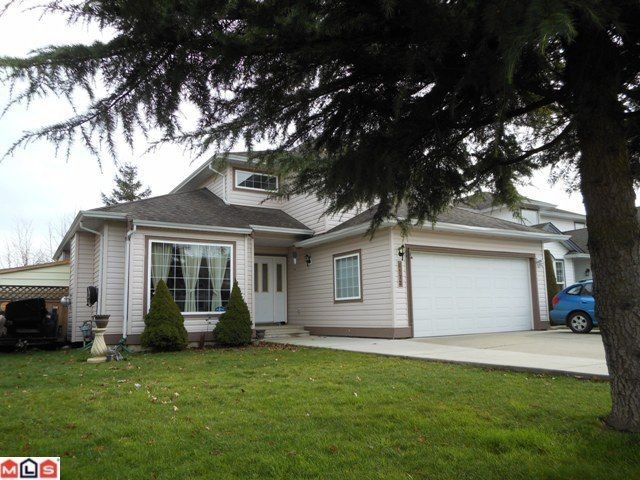 Main Photo: 6572 188TH Street in Surrey: Cloverdale BC House for sale (Cloverdale)  : MLS®# F1202622