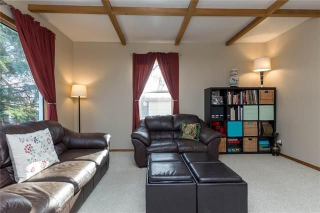 Photo 2: Photos: 71 Robson Street in Winnipeg: Mission Gardens Residential for sale (3K)  : MLS®# 1830589