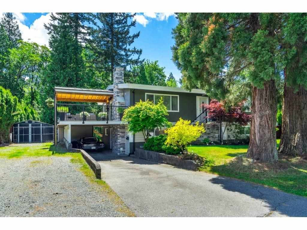 Main Photo: 19900 50 Avenue in Langley: Langley City House for sale : MLS®# R2583080