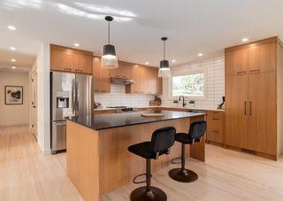 Photo 3: 944 Maplecroft Road SE in Calgary: Maple Ridge Detached for sale : MLS®# A1147511