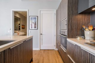 """Photo 13: 2 ATHLETES Way in Vancouver: False Creek Townhouse for sale in """"KAYAK-THE VILLAGE ON THE CREEK"""" (Vancouver West)  : MLS®# R2564490"""