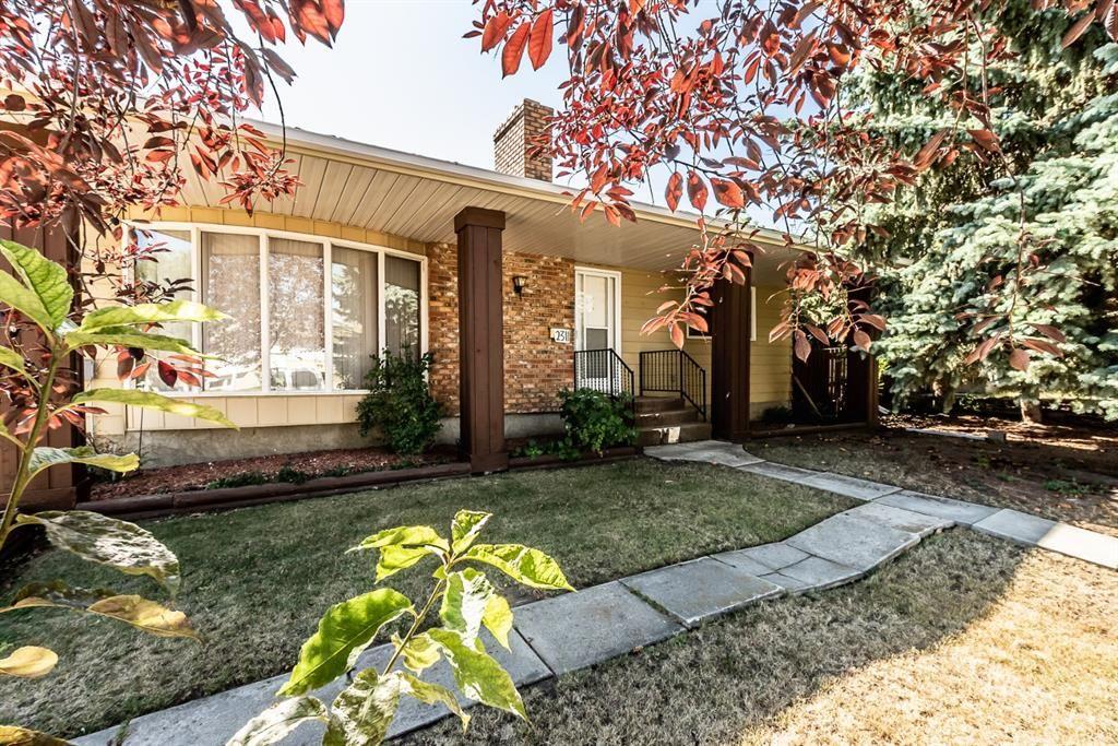 Main Photo: 2311 26 Street: Nanton Detached for sale : MLS®# A1024512
