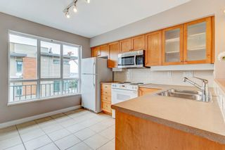 """Photo 5: 18 288 ST. DAVID'S Avenue in North Vancouver: Lower Lonsdale Townhouse for sale in """"St. Davids Landing"""" : MLS®# R2384322"""