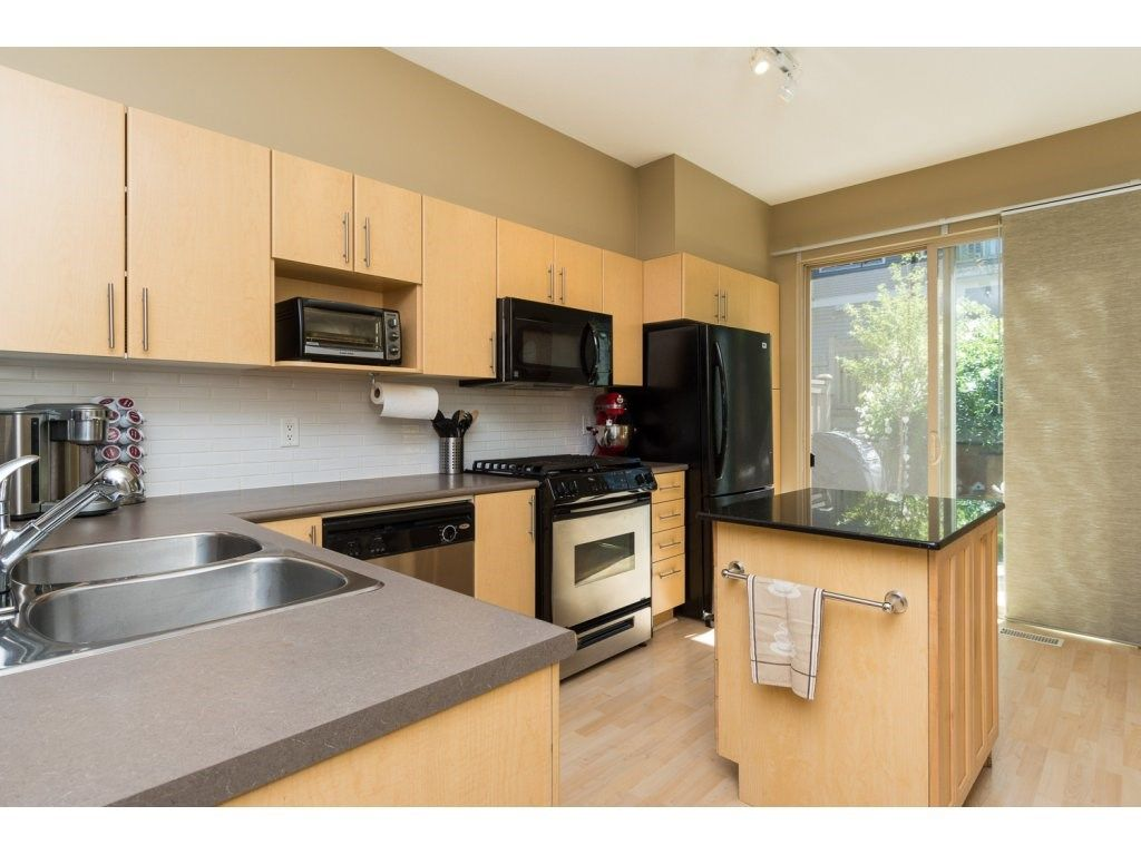"""Photo 6: Photos: 119 15152 62A Avenue in Surrey: Sullivan Station Townhouse for sale in """"UPLANDS"""" : MLS®# R2095709"""