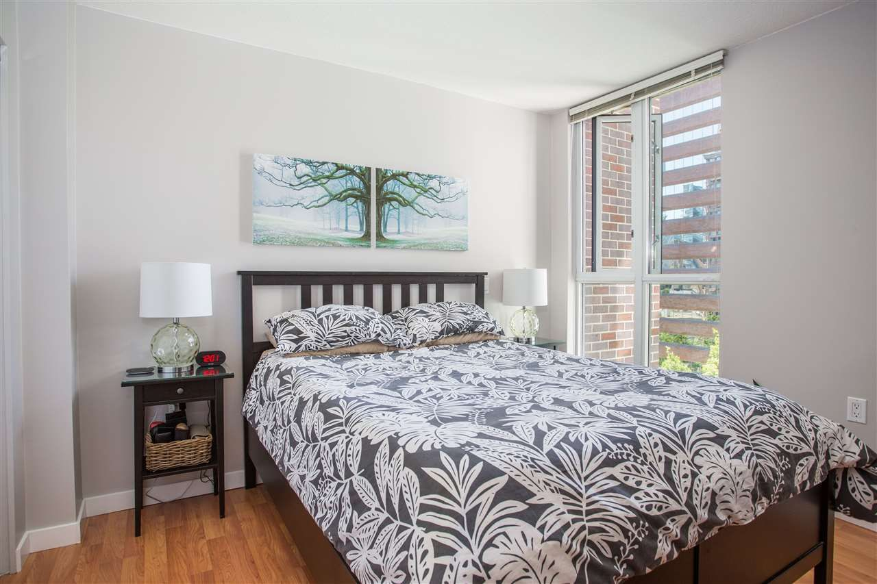 """Photo 8: Photos: 1008 1068 HORNBY Street in Vancouver: Downtown VW Condo for sale in """"The Canadian"""" (Vancouver West)  : MLS®# R2389948"""