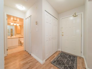 Photo 7: 101 518 THIRTEENTH Street in New Westminster: Uptown NW Condo for sale : MLS®# R2382615