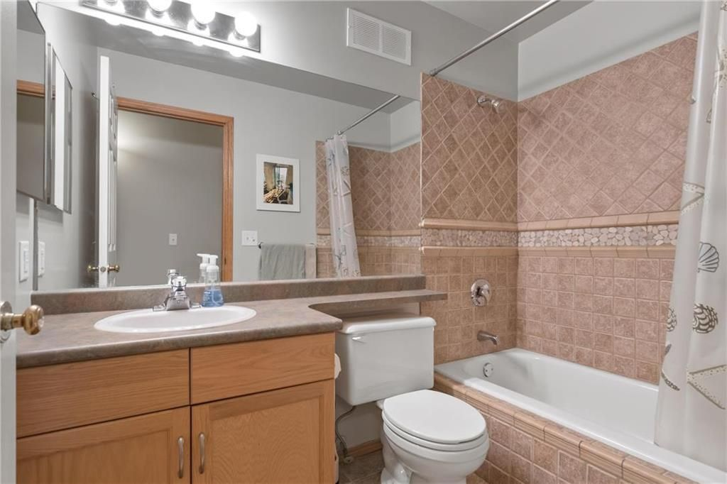 Photo 14: Photos: 182 Fulton Street in Winnipeg: Residential for sale (2F)  : MLS®# 202025501