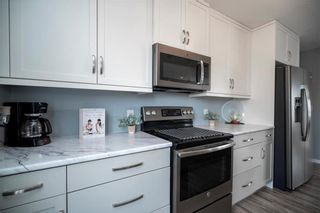 Photo 7: 12 Arthur Fiola Place in Ste Anne: R06 Residential for sale : MLS®# 202018965