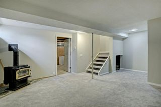 Photo 22: 92 Erin Croft Crescent SE in Calgary: Erin Woods Detached for sale : MLS®# A1136263