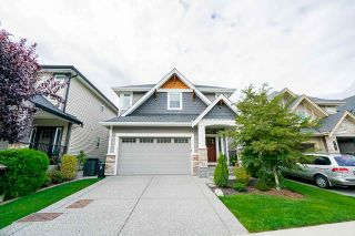 """Photo 1: 21071 78B Avenue in Langley: Willoughby Heights House for sale in """"Yorkson South"""" : MLS®# R2474012"""