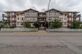 "Photo 1: 205 45535 SPADINA Avenue in Chilliwack: Chilliwack W Young-Well Condo for sale in ""Spadina Place"" : MLS®# R2194696"