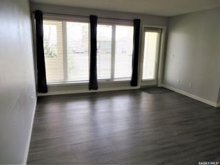 Photo 2: 111 312 108th Street in Saskatoon: Sutherland Residential for sale : MLS®# SK852333
