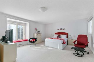 Photo 16: 929 HEACOCK Road in Edmonton: Zone 14 House for sale : MLS®# E4227793