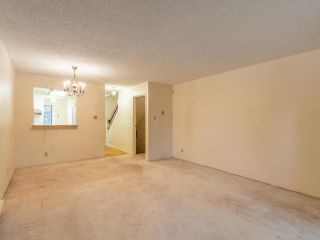 """Photo 6: 3953 PARKWAY Drive in Vancouver: Quilchena Townhouse for sale in """"ARBUTUS VILLAGE"""" (Vancouver West)  : MLS®# R2591201"""