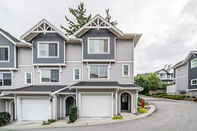 FEATURED LISTING: 1 - 15717 MOUNTAIN VIEW Drive Surrey