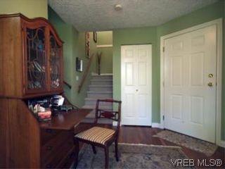 Photo 12: 655 Grenville Ave in VICTORIA: Es Rockheights Half Duplex for sale (Esquimalt)  : MLS®# 504942