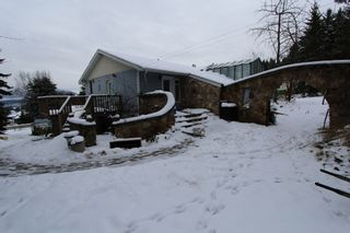 Photo 4: 1590 SE 11th Avenue in Salmon Arm: House for sale : MLS®# 10109036