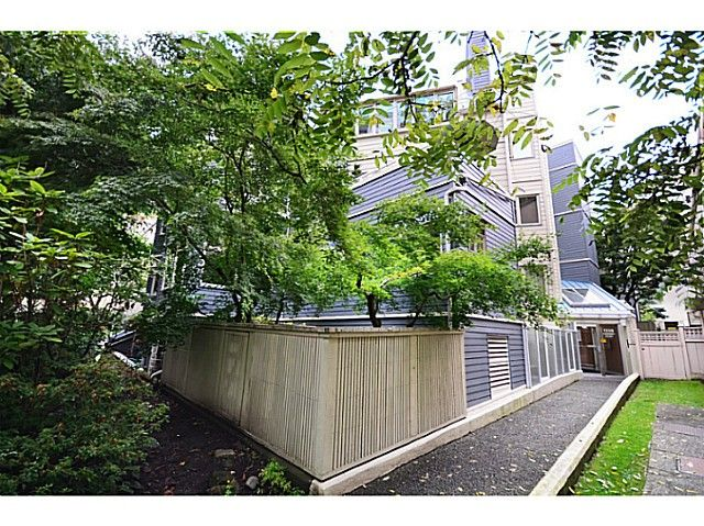 "Main Photo: 2 1238 CARDERO Street in Vancouver: West End VW Condo for sale in ""Cardero Court"" (Vancouver West)  : MLS®# V1043645"
