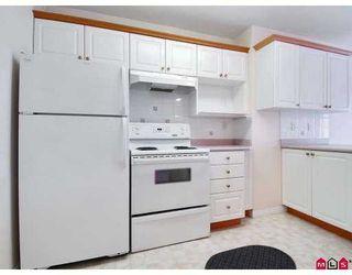 "Photo 2: 323 22150 48TH Avenue in Langley: Murrayville Condo  in ""EAGLECREST"" : MLS®# F2713670"