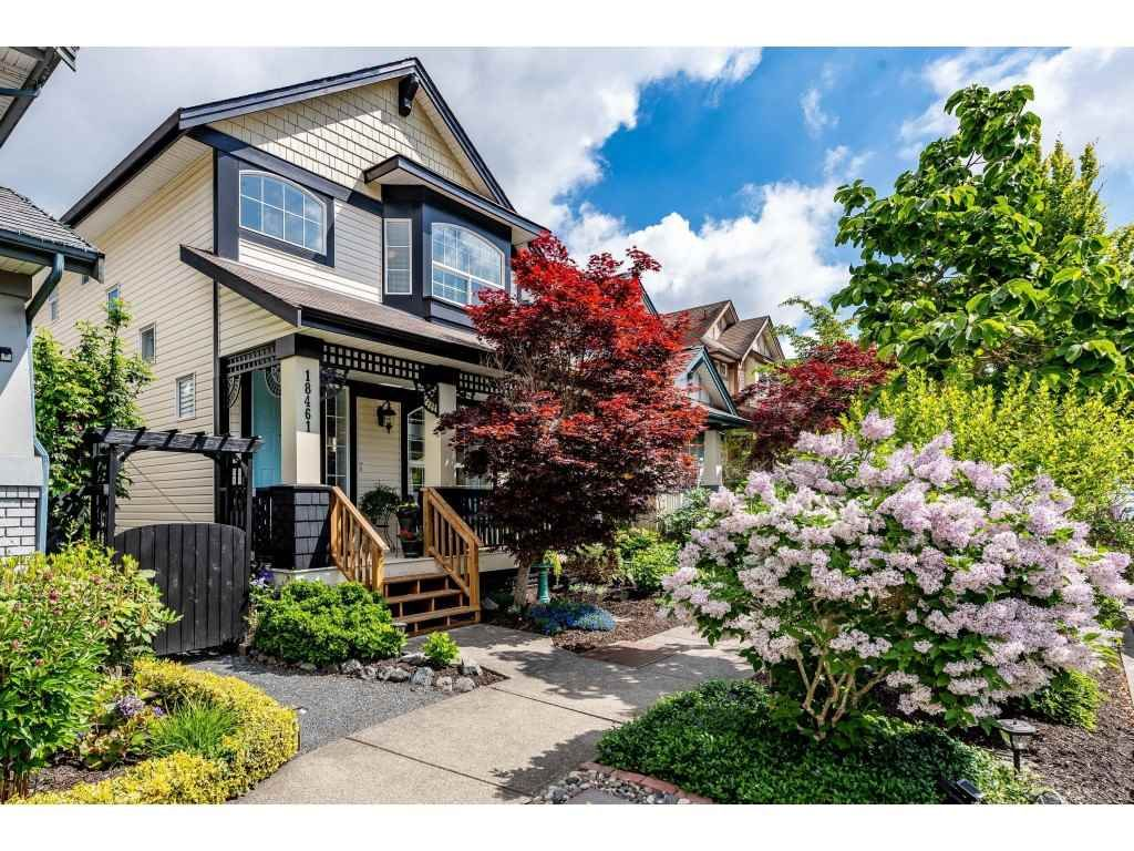 """Main Photo: 18461 67A Avenue in Surrey: Cloverdale BC House for sale in """"Heartland"""" (Cloverdale)  : MLS®# R2456521"""
