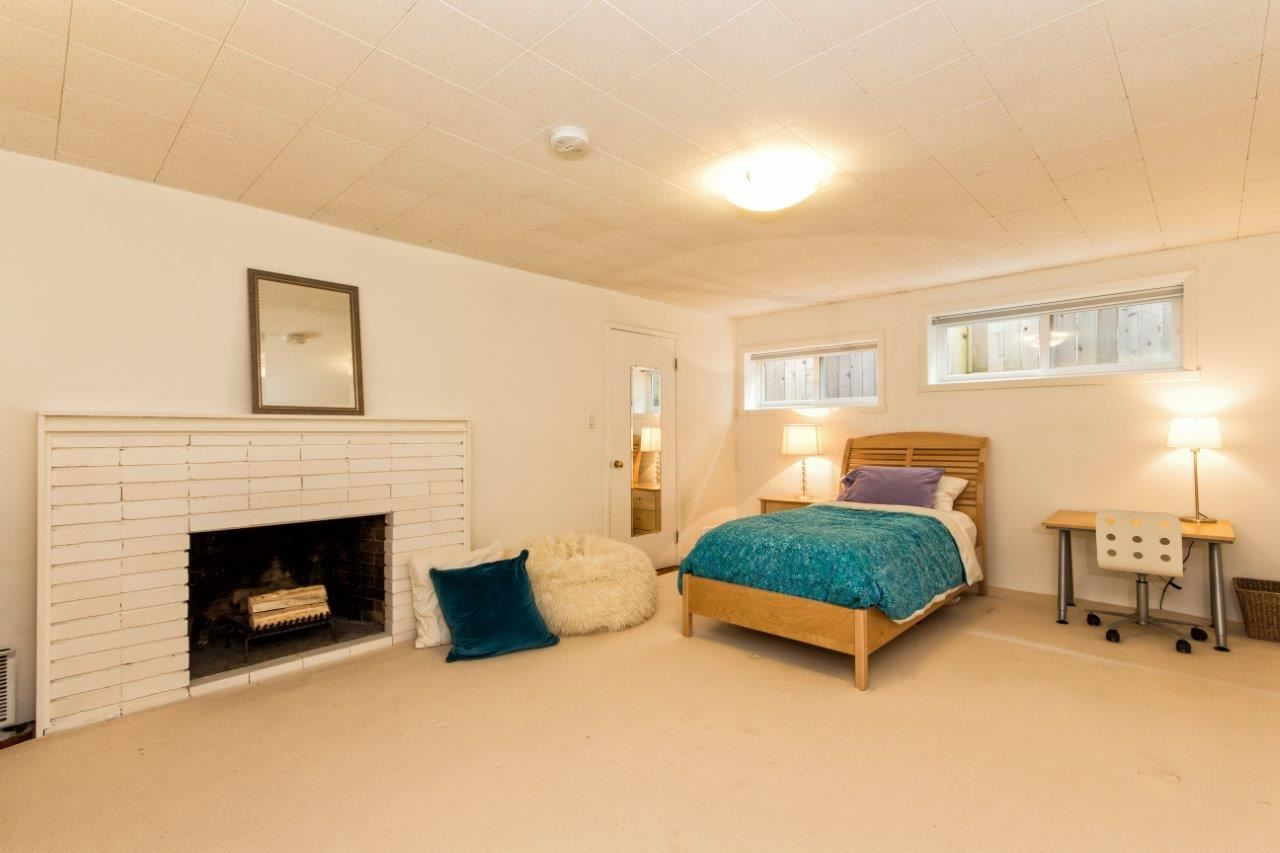 """Photo 17: Photos: 915 E 13TH Street in North Vancouver: Boulevard House for sale in """"Grand Boulevard"""" : MLS®# R2535688"""