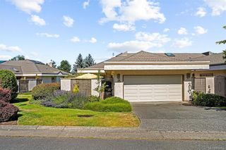 Photo 1: 45 4318 Emily Carr Dr in : SE Broadmead Row/Townhouse for sale (Saanich East)  : MLS®# 845456