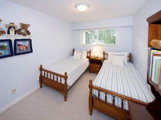 Photo 15: 6545 HILLSIDE CRESCENT in Delta: Sunshine Hills Woods House for sale (N. Delta)  : MLS®# R2014396