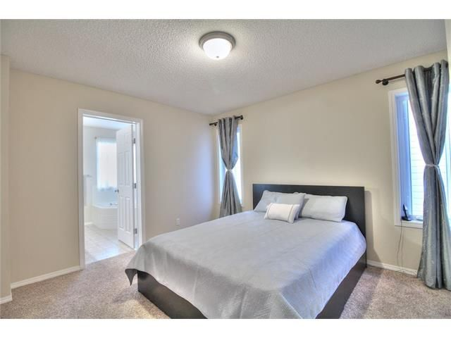 Photo 21: Photos: 606 EVERMEADOW Road SW in Calgary: Evergreen House for sale : MLS®# C4053479