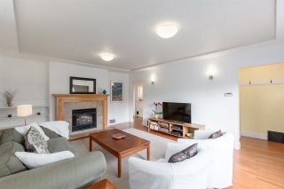 Photo 5: 2203 E 2ND AVENUE in Vancouver: Grandview VE House for sale (Vancouver East)  : MLS®# R2240985