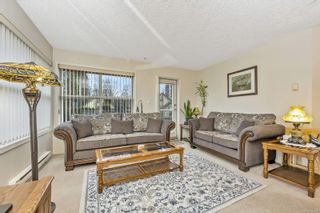 Photo 2: 210 330 Brae Rd in : Du West Duncan Condo for sale (Duncan)  : MLS®# 864052