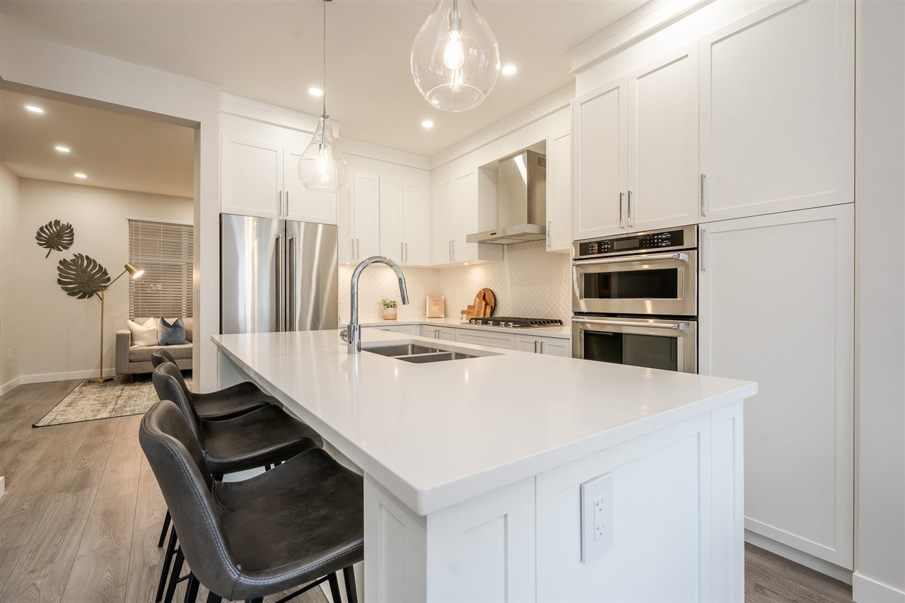 Photo 3: Photos: 64 20327 72B Avenue in Langley: Willoughby Heights Townhouse for sale : MLS®# R2484079