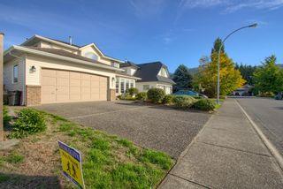 Photo 3: 5690 HACIENDA Place in Chilliwack: Vedder S Watson-Promontory House for sale (Sardis)  : MLS®# R2622049