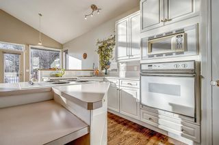 Photo 9: 1551 Evergreen Hill SW in Calgary: Evergreen Detached for sale : MLS®# A1050564
