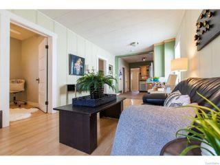 Photo 6: 911 F Avenue North in Saskatoon: Caswell Hill Single Family Dwelling for sale (Saskatoon Area 04)  : MLS®# 604471
