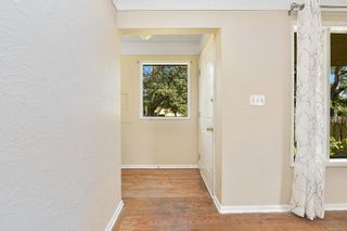 Photo 9: 2520 Forbes St in : Vi Oaklands House for sale (Victoria)  : MLS®# 880118