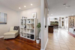 Photo 16: 112 Simcoe Close SW in Calgary: Signal Hill Detached for sale : MLS®# A1105867