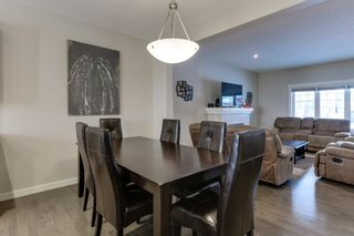 Photo 9: 5208 ADMIRAL WALTER HOSE Street in Edmonton: Zone 27 House for sale : MLS®# E4226677