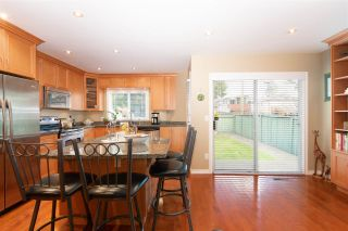 """Photo 5: 763 W 68TH Avenue in Vancouver: Marpole 1/2 Duplex for sale in """"Marpole/South Cambie"""" (Vancouver West)  : MLS®# R2382227"""